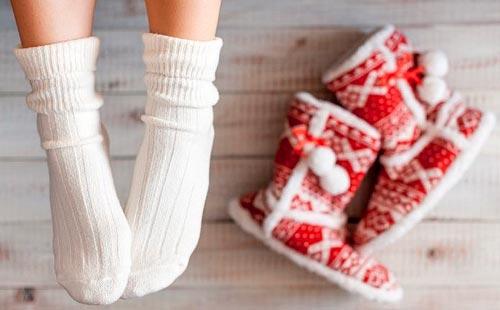 как в домашних условиях отстирать белые носки