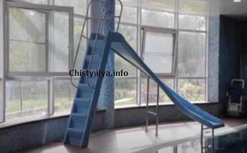 лестница горка для бассейна